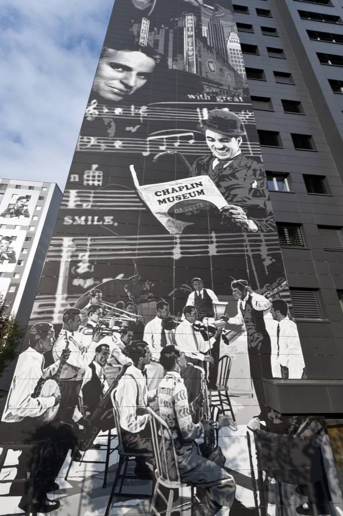 Fresque murale Chaplin Towers à Vevey en Suisse