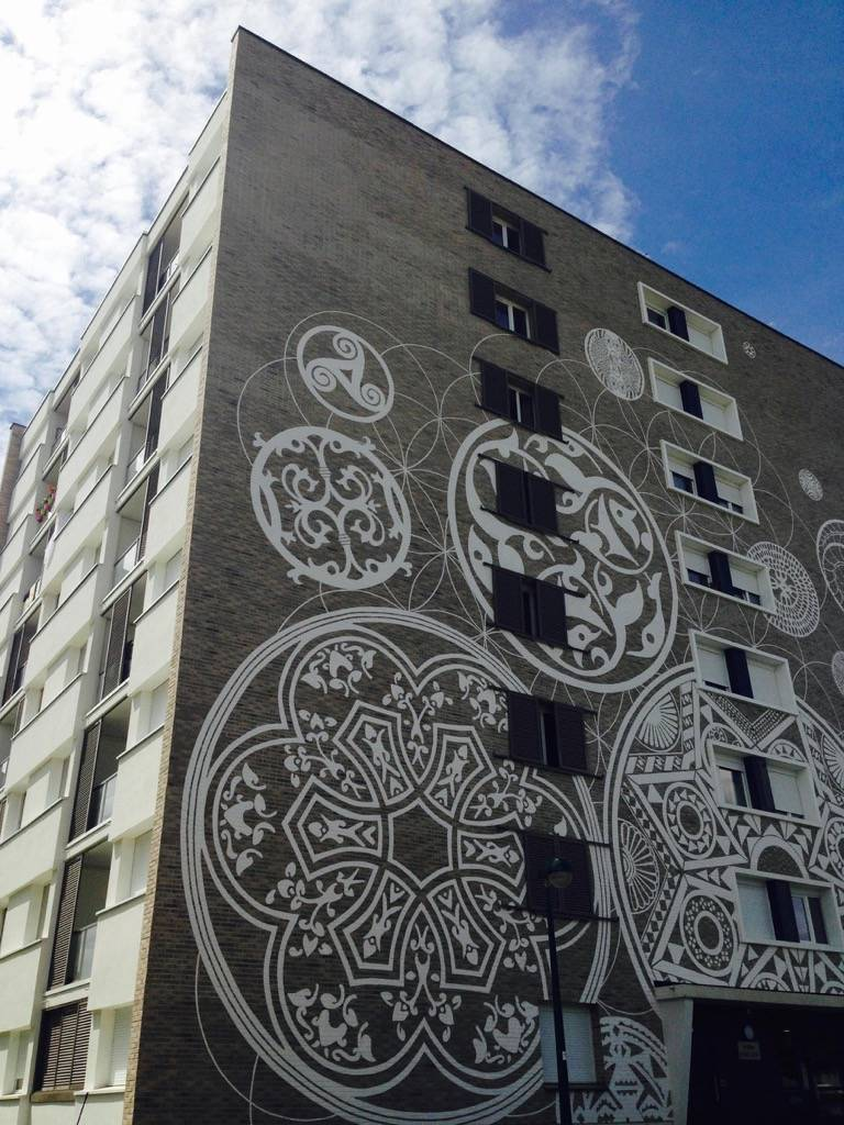 Design Mural Monumental du quartier du Valibout dans la ville de Plaisir dans le grand Paris