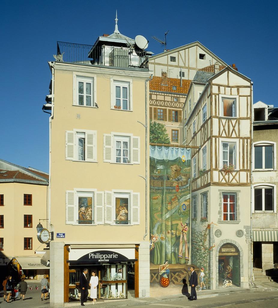 La Fresque de Limoges - Place de la Motte - France