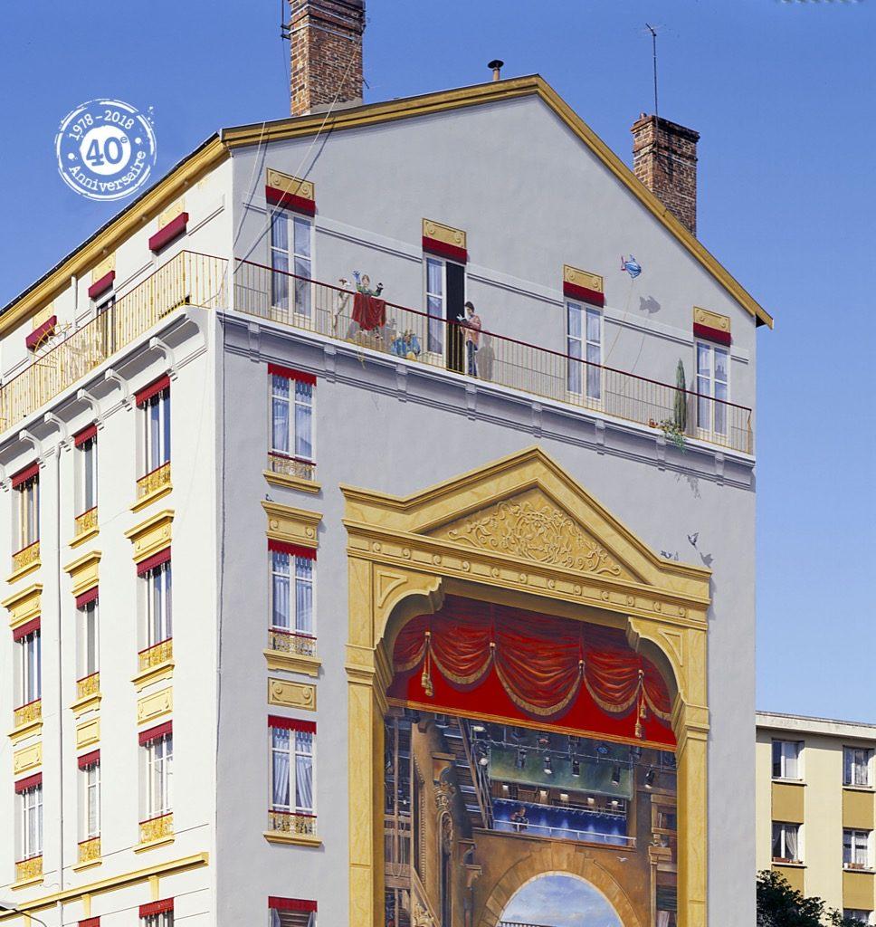 La Fresque du Théâtre des Charpennes - 52, rue Gabriel-Péri, Villeurbanne (France)