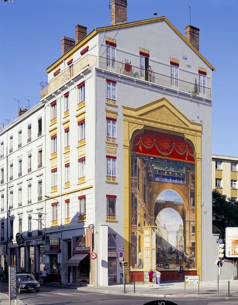La Fresque du Théâtre des Charpennes 52, rue Gabriel-Péri, Villeurbanne (France)