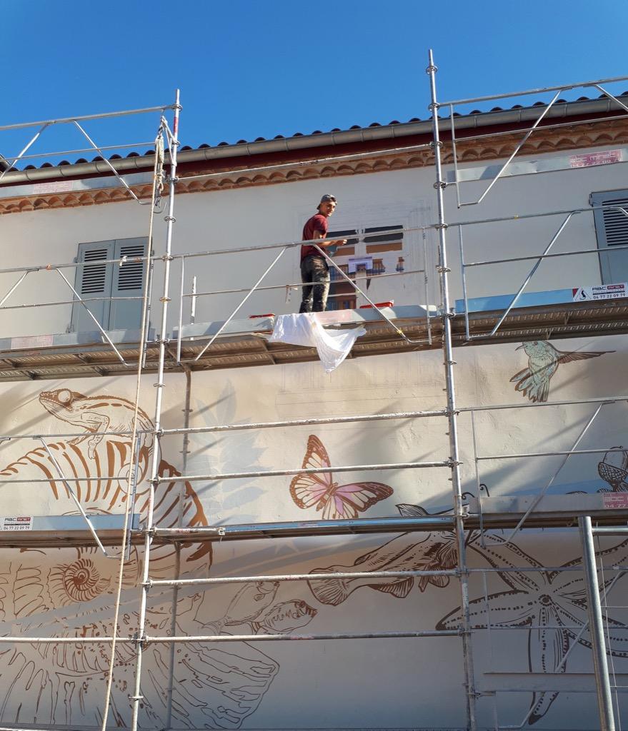 La fresque murale du Jardin d'Allard - 13 Bd de la Préfecture - Montbrison - France