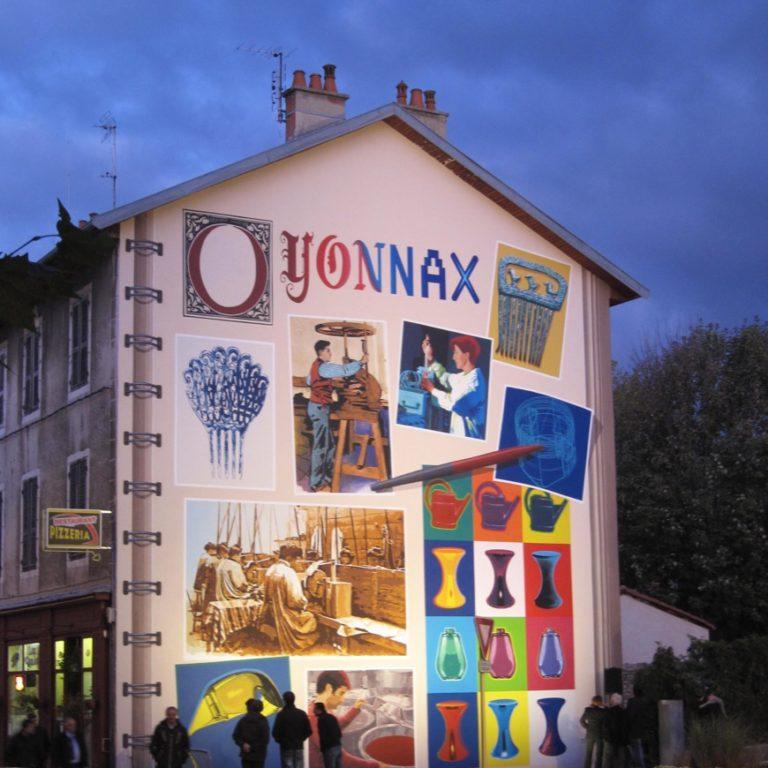 La fresque de la Plasturgie - A l'angle des rues Anatole France et Laënnec - Oyonnax - France