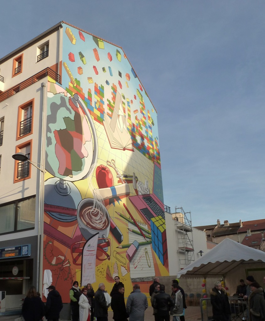 La Fresque du Savoir - 9 rue Xavier Bichat - Oyonnax - France